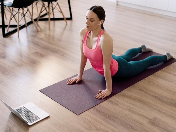 Holística Soy - Yoga ordenador 1